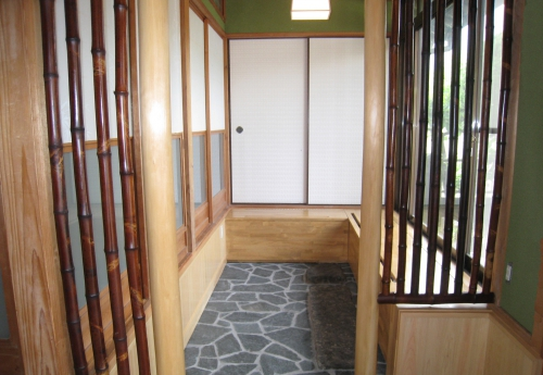 entrance-door002_01-after.jpg