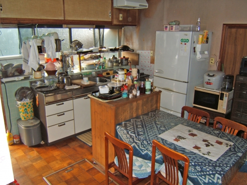 kitchen014_01-before.jpg