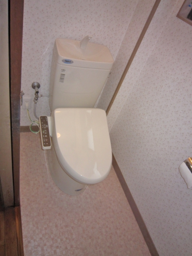 toilet009_01-after.jpg
